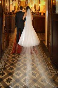 c7dc47f633 Suknie ślubne na bieżący rok to w głównej mierze suknie jednoczęściowe z mocno  odkrytą gorsetową górą