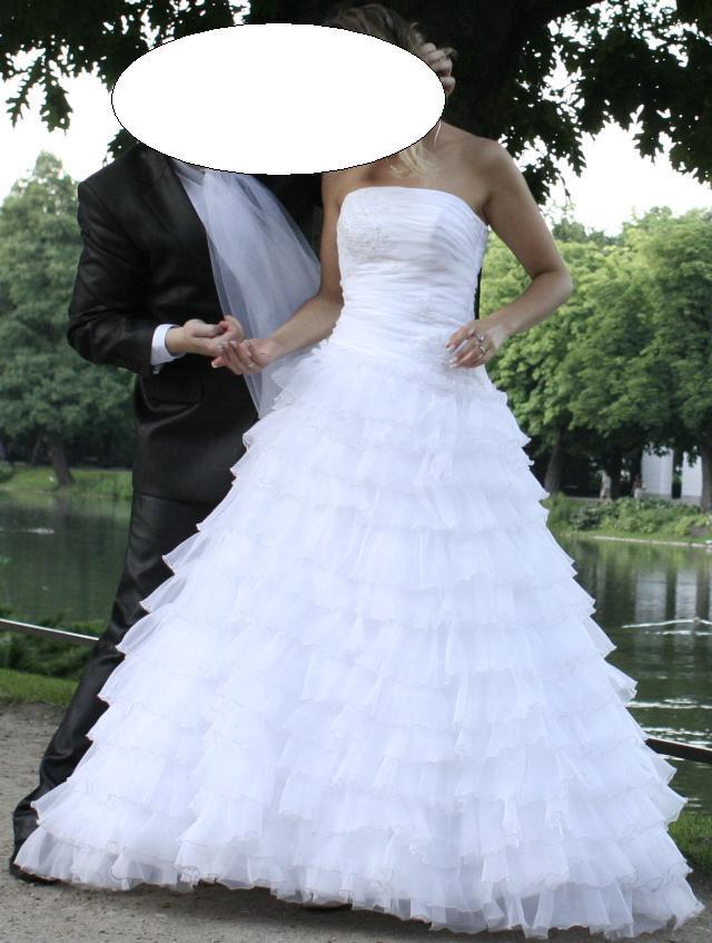 1983ca164e piękna suknia ślubna z falbankami i diamencikami    suknie ślubne ...