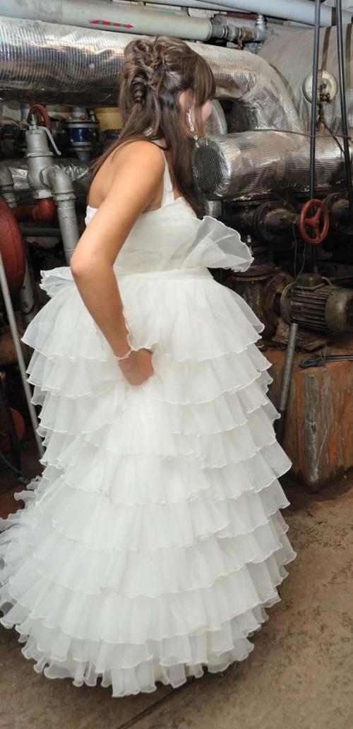 9f1196e372 Suknia ślubna z falbankami 38 40 ZOBACZ!!!    suknie ślubne ...