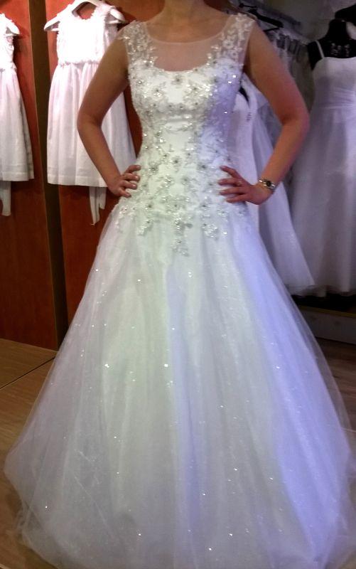 Wyjątkowa Suknia ślubna Z Brokatowym Tiulem Suknie ślubne