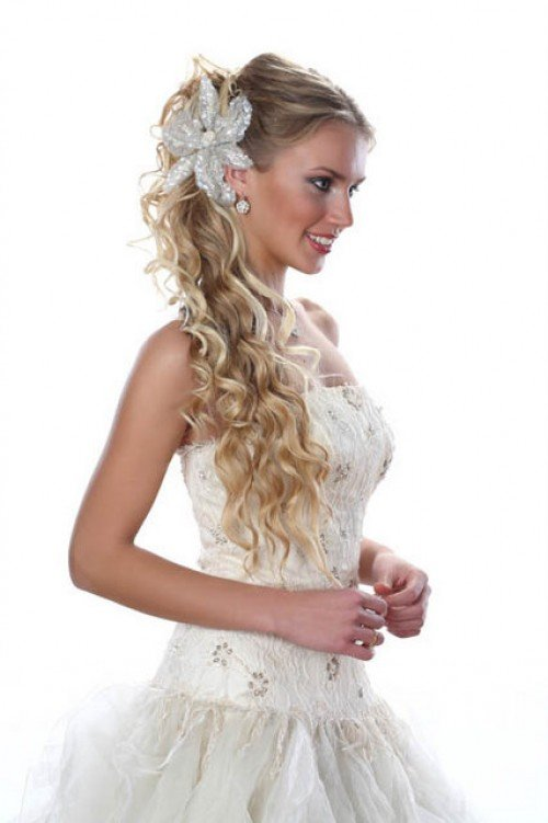 Fryzury ślubne 2013 Nadchodzi Nowy Sezon Nowa Moda