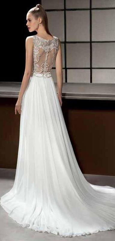 845304bd13 Lisa Ferrera to nowoczesne projekty sukien ślubnych na rok 2017
