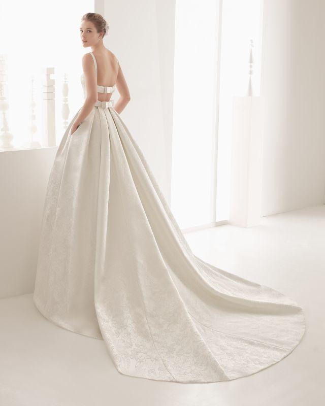202b2649a8c Rosa Clara zaprojektowała wspaniałe, odważne suknie ślubne na rok 2017
